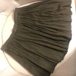 Tobi Olive Green Pleated Mini Skirt